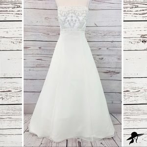 Alfred Angelo style 1505 beaded ivory strapless